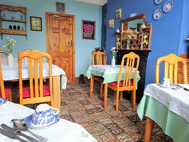 Halcyon's bright breakfast room ready to start your day